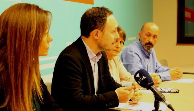 Espot amb Mas, Suñé i Martínez Benazet.