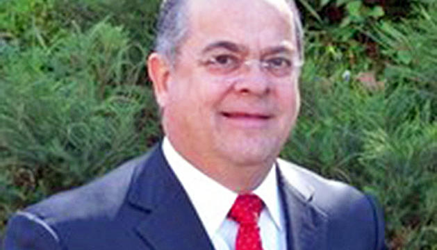 Víctor Tàpies