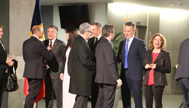 Diversos representants polítics del país es van trobar ahir al Consell General per celebrar l'aniversari de la Constitució.