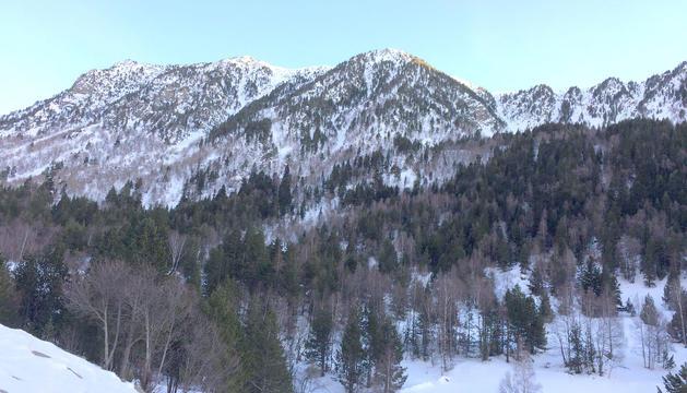 Vistes de la vall del Madriu nevada