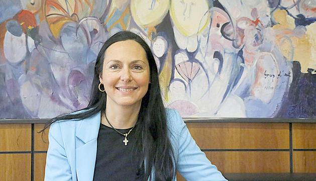 La cònsol menor de la Massana, Olga Molné, en una de les sales del comú.