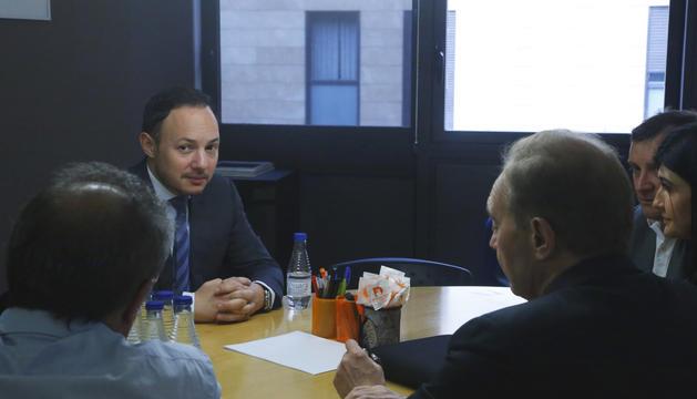 Xavier Espot i Roser Suñé a la reunió d'aquesta tarda amb membres de terceravia