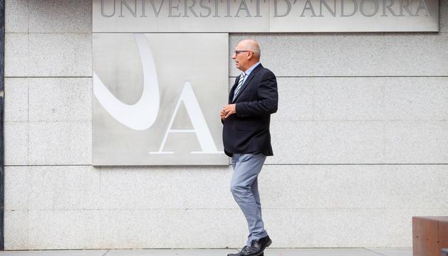 Miquel Nicolau va ser reelegit recentment com a rector de la Universitat d'Andorra.