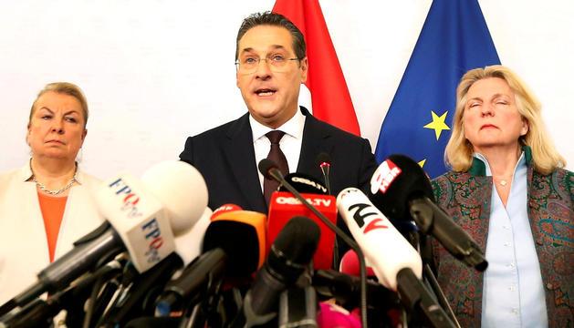 Strache va presentar ahir la seva dimissió.