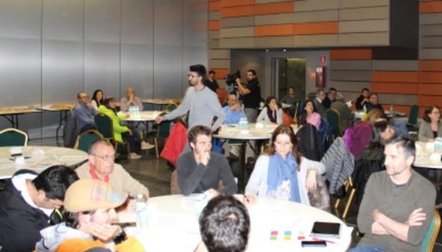 Participants en el taller, ahir a l'ACCO.