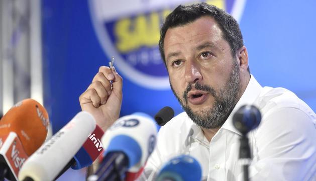El líder de la Lliga, Matteo Salvini, durant una compareixença aquest diumenge.