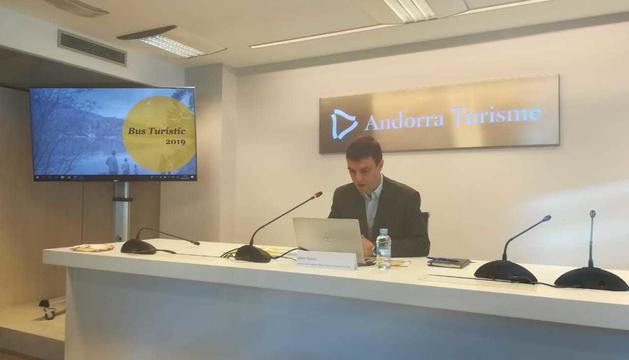Enric Torres ha explicat les novetats del Bus Turístic a la seu d'Andorra Turisme