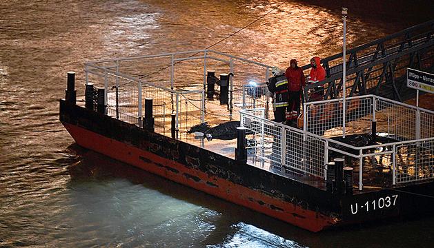 Almenys set morts en un naufragi al Danubi