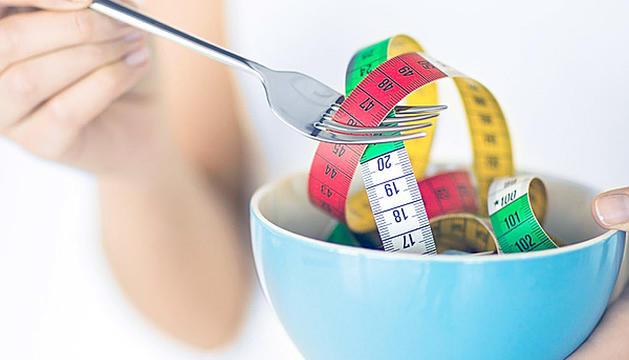 El principal objectiu de les persones que visiten un centre de nutrició abans de l'estiu és aprimar-se