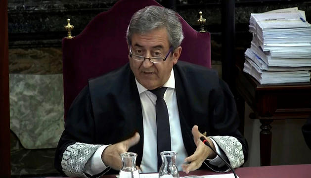 El fiscal Javier Zaragoza, ahir durant la lectura de les conclusions.