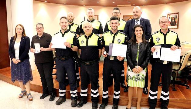Reconeixement als agents amb 15 i 20 anys de servei