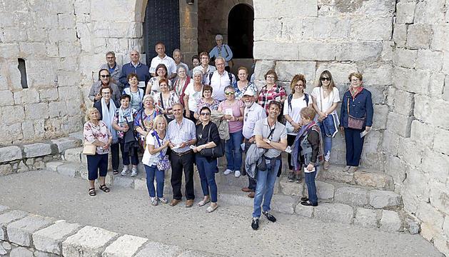 Els padrins van aprofitat per visitar el mític castell