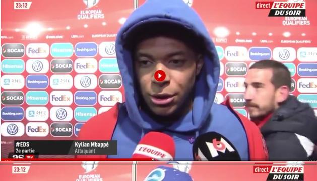 La broma de Cristian Martínez amb la gorra d'Mbappé es fa viral