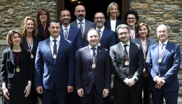 El cap de Govern, Xavier Espot, amb el seu equip de ministres.