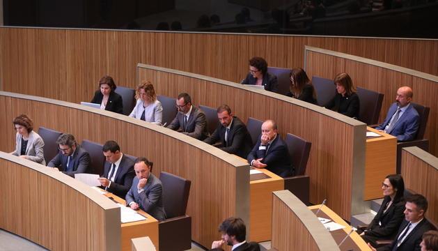 El Govern complet a la primera sessió de control de la legislatura