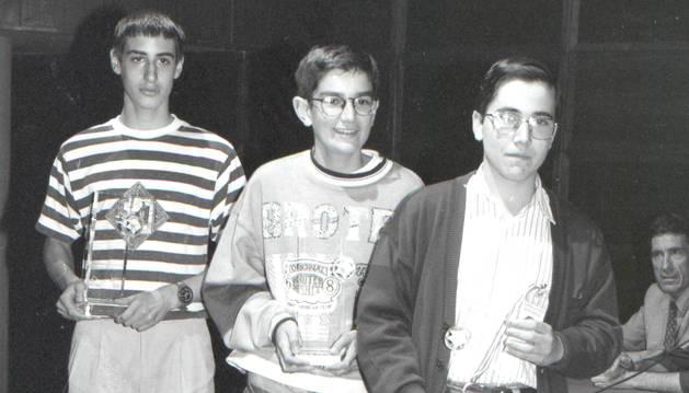 Els guanyadors de la IV Olimpíada matemàtica.