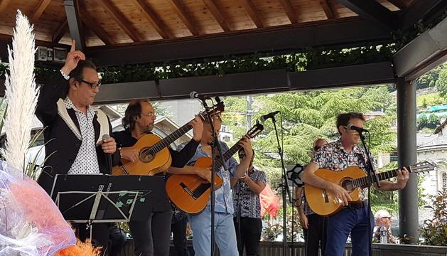 El grup de rumba catalana, Los Manolos