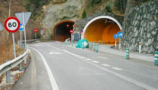 Una de les entrades del túnel de Sant Antoni.