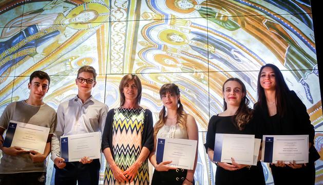 Els estudiants van rebre el premi a l'Espai Columba