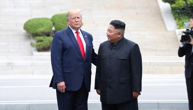Trump i Kim Jong-un es van reunir en territori nord-coreà.