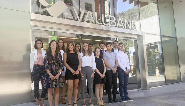Vall Banc comptarà amb 14 joves estudiants universitaris del país en el programa de treball d'estiu