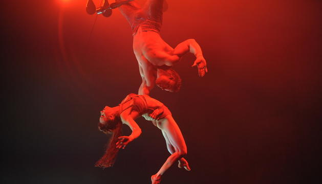 'DIVES'. El Cirque du Soleil va optar per fer un viatge musical amb un repàs de les veus femenines més famoses dels darrers cinquanta anys.