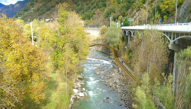 La reforma del passeig del riu, abans de la fi del mandat