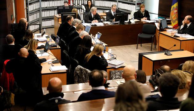 Imatge de la primera jornada del judici del 'cas BPA' que s'ha de reprendre al setembre.