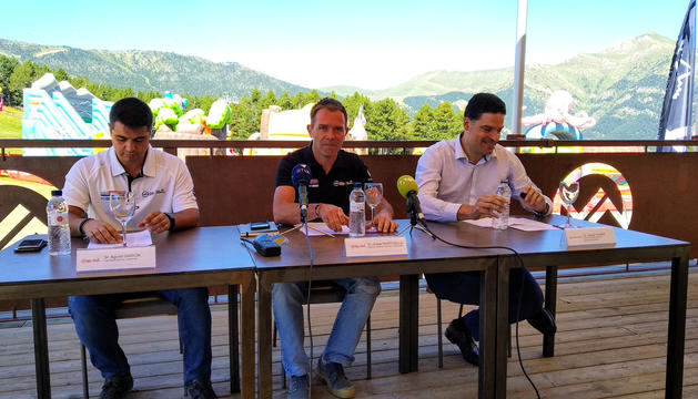 Marticella, Vilana i Garcia, ahir a la presentació de l'acord
