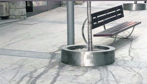 Denuncien brutícia als carrers d'Escaldes i la capital