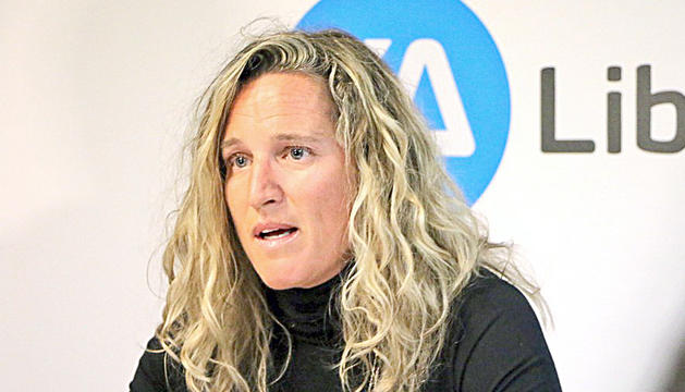 La Consellera Liberal, Eva López