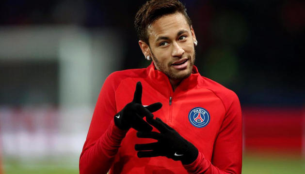 Neymar en un entrenament amb el PSG.