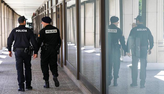 Agents de la policia.