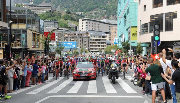 La sortida de l'etapa andorrana de La Vuelta a Espanya de l'any passat.