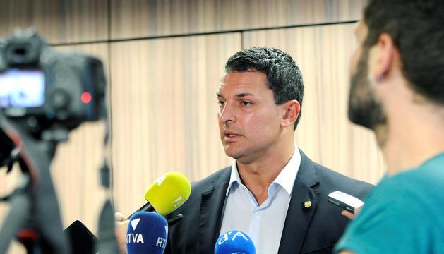 El ministre Jordi Gallardo va exposar la seva total confiança en el número 2 del ministeri.
