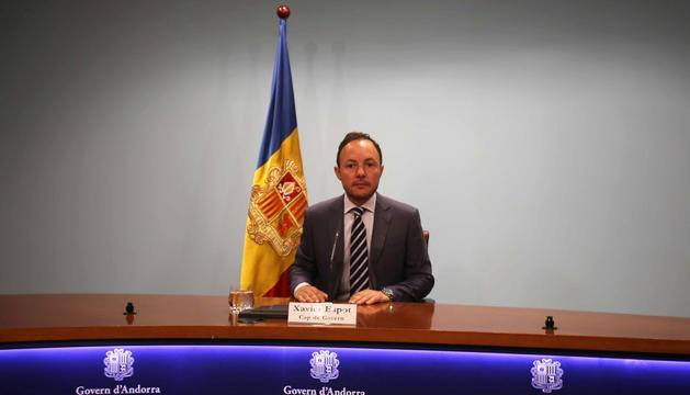 Xavier Espot anunciant la destitució de Salustià Chato.
