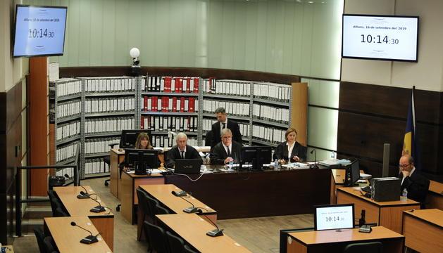 El nou Tribunal que jutja el 'cas BPA' aquest matí a Prada Casadet