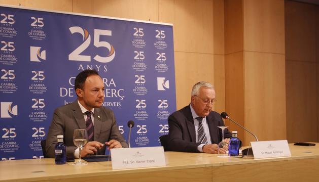 El cap de Govern, Xavier Espot, i el president de la Cambra de Comerç, Miquel Armengol, a la presentació de l'Informe econòmic del 2018