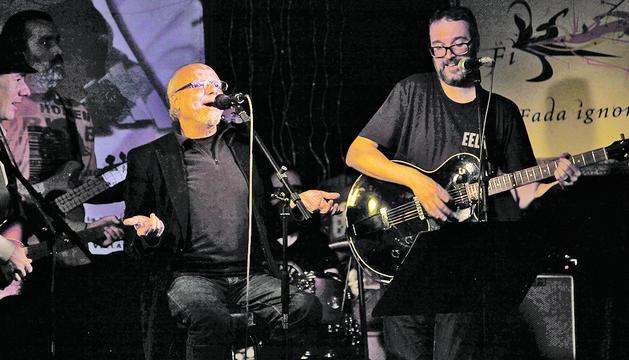 Vilella, amb Bellmunt, a l'homenatge al 2005, també a la Fada.