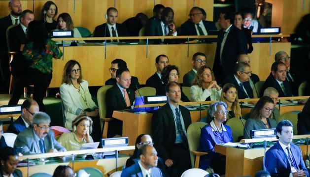 El cap de Govern, Xavier Espot, amb  les ministres d'Afers Exteriors, Maria Ubach i Medi Ambient Agricultura i Sostenibilitat; Silvia Calvó, a les Nacions UNides
