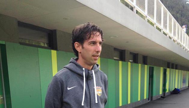 Jaume Nogués, a l'entrenament de l'FCAndorra ahir al matí a Prada de Moles.