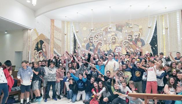 Els infants del col·legi Janer van celebrar la missa d'inici de curs a Sant Julià