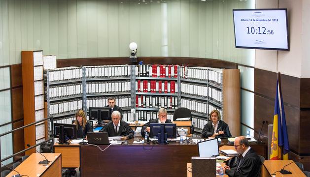 El judici es va suspendre el 16 de setembre.