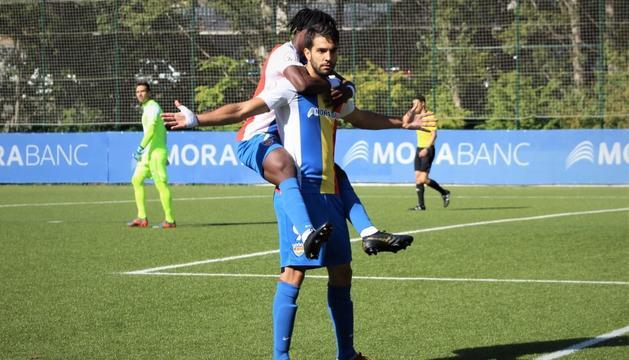Forgas celebra el primer gol de l'FC Andorra.