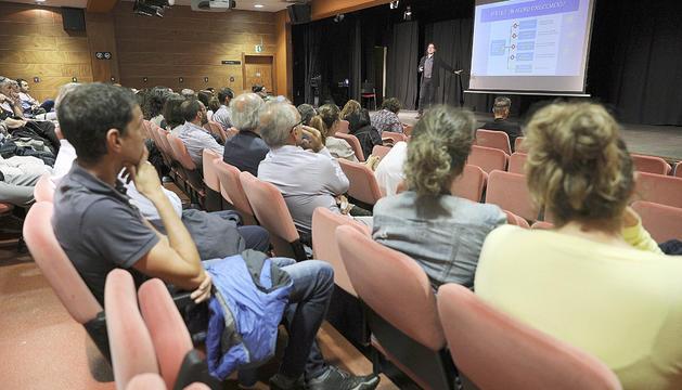 Reunió pública per explicar a la ciutadania l'estat de les negociacions amb la UE.