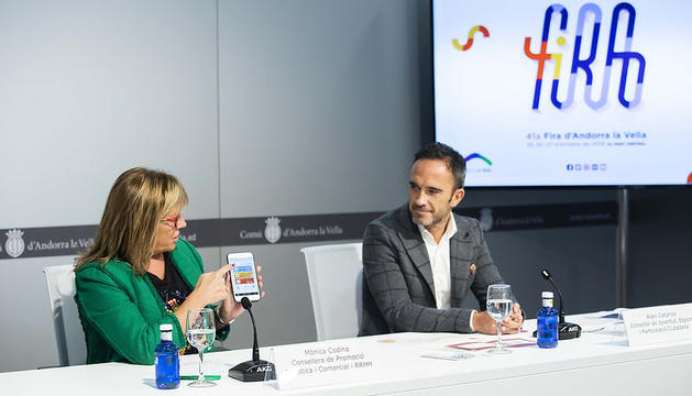 La consellera de Promoció Turística i Comercial, Mònica Codina, i el conseller de Joventut, Esports i Participació Ciutadana, Alain Cabanes, han presentat la 41ª edició de la Fira d'Andorra