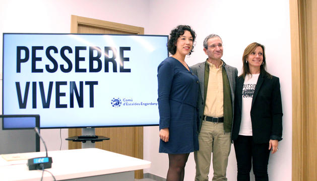 Salomó Benchluch, amb Mireia Codina i Cristina Pericas.