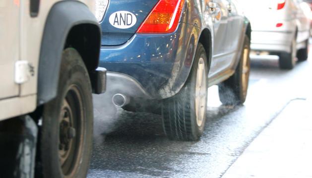 Els vehicles contaminants tindran l'entrada limitada a Barcelona.