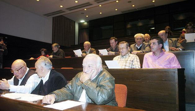 Assemblea general ordinària de l'Associació de Pagesos i Ramaders el 2006.
