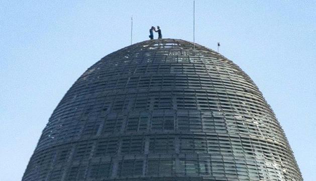Els dos escaladors, a la torre.